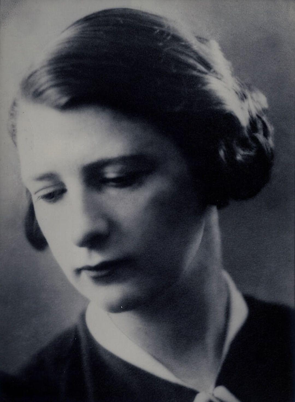 Suzanne Borrin